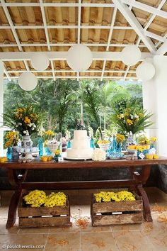 Needs more color, but love this arrangement and set up Party Decoration, Wedding Decorations, Table Decorations, Cake Table, Dessert Table, Elegant Table Settings, Party Catering, Yellow Wedding, Elegant Wedding Dress