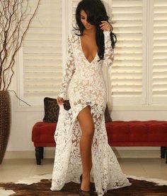 Vestido Sereia Longo com Decote Branco