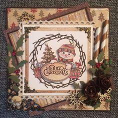 Årets första julkort har blivit till tack vare ett jättefint kit som jag har fått av Lisa . Hon skickade mig ett härligt brev med passand...