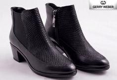 Peeps, Valentino, Peep Toe, Shoes, Fashion, Moda, Zapatos, Shoes Outlet, Fashion Styles
