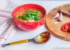 Щи со свежей капустой (русский суп)