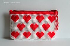 Hearts small clutch,red hearts coin purse ,business card case pouch,zipper credit card holder,plastic canvas wallet insert card,earbud case