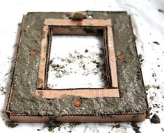 Make unique and fun Concrete picture frame! Perfect for industrial, chic homes!! - a Piece Of Rainbow: