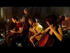 ▶ Legendado - Antony & The Johnsons - For Today I Am a Boy (Live BBC4 2006) - YouTube - genderidentiteit
