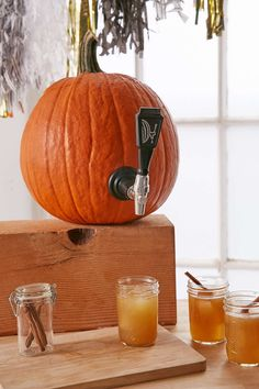 Pin for Later: 50+ Unique Kitchen Gifts For Guys (Under $50) Pumpkin Keg Tapping Kit ($20) Shop it: Pumpkin Keg Tapping Kit ($20)