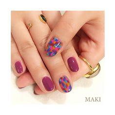 "👠Rouge Louboutin✨💅 Loubitag Nail Collection クリスチャンルブタンの限定色をつかって、マルチカラーのハートやスター、遊び心のあるクリスチャンのデザイン""Loubitag""にインスパイアしたネイルデザインです😊 #christianlouboutin#beaute#beautelouboutin#inspiredloubitag#nail#nails#nailbymaki#makifujiwara#naildesigns#pop#beauty"