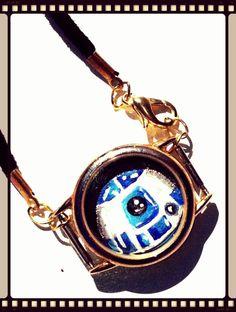 R2D2 Miniature Portrait Necklace by FloranceandLeah on Etsy, $25.00