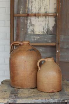 lovely crocks/ jugs, we say in Tennessee. Stoneware Crocks, Antique Stoneware, Antique Pottery, Earthenware, Antique Crocks, Old Crocks, Primitive Furniture, Primitive Antiques, Primitive Decor