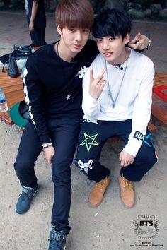 Jin & Jung Kook, BTS' official fancafe update