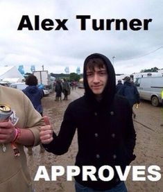 Alex Turner Approves my unhealthy obsession Alex Turner, Arctic Monkeys Wallpaper, Monkey Wallpaper, Tyler Blackburn, Monkey Memes, The Wombats, Monkey 3, The Last Shadow Puppets, Jamie Campbell Bower