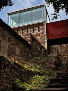 SANTOS kitchen   Caramoniña, Santiago de Compostela #architecture #garden #design