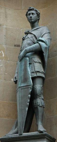 St. George, Donatello, 1415-1417, Florentine, Early Renaissance. Donatello foi o grande escultor do sec XV. São Horge esculpido em mármore para o nicho da igreja de Or San Michele. Primeira estátua dentro todas que vimos desde os tempos antigos que se mantém em pé por si própria, ou, para dizer de outro modo, a primeira a recuperar o sentido pleno do contraposto clássico. Ao contrário de qualquer escultura gótica ele pode ser removido do seu enquadramento arquitetônico sem nada perder de…