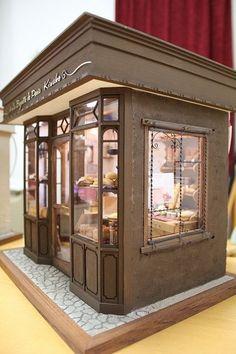 boutique miniature