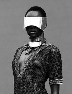 Futuristic Urban - The Editorial by Julia Noni for Obsession Magazine Stars Ajak Deng Cyberpunk / Transhumanism / Futuristic / Cyborg / Science-Fiction Urban Fashion, Fashion Art, Editorial Fashion, Fashion Design, Metal Fashion, Fashion Editor, Estilo Beyonce, Wave Gotik, Viviane Sassen