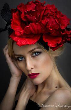 Leather Hat 'Rose' | Шляпка из кожи «Роза»