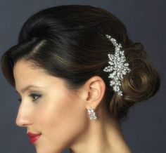 Vintage inspired Bridal hair accessories by TheExquisiteBride For more wedding inspiration please visit www.lolabeeandme.com