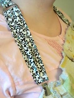 Sew Incredibly Crafty: Nursing Strap. Turn any blanket into a nursing cover or any napkin into a bib!!