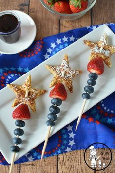 4th of July Breakfast idea - Patriotic French Toast Recipe for kids.
