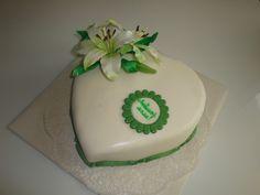 Lilien-Geburtstagstorte