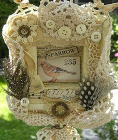 Sweet vintage feel frame!  A must try!