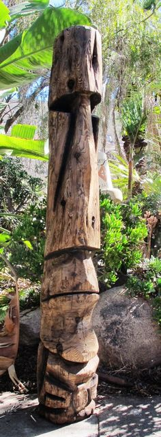 Tiki Objects by Bosko - Handcarved Tiki Poles: Redwood and Palmwood