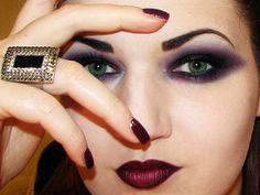 Gothica: Dark Gothic Makeup tutorial (by MissChievous)