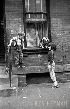 Willie, playing with a neighbor's dog in Hell's Kitchen - by Ken Heyman USA Vintage Photography, Film Photography, Street Photography, Photography Ideas, Cara Fresca, Kids Photography Boys, Hells Kitchen, Funny Quotes For Kids, I Love Ny