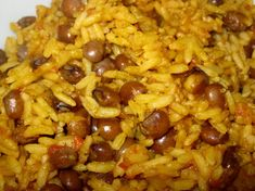 This recipe starts with fresh pigeon peas and I am translating it from Spanish.  It comes from an old cookbook, originally published in 1954 called Cocina Criolla by Carmen Aboy Valldejuli who was born in 1912.  So I suppose she would know Puerto Rican cooking if anyone does!