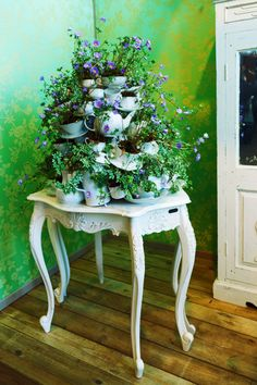 "Wouldn't this be great for ""A Mad Hatters Tea Party!"""