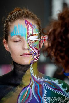 Now thats make up art...