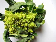 Broccolo Romanesco with anchovies and lemon www.ElizabethMinchilliInRome.com