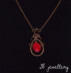 with bronze and Wire Wrapping, Bronze, Necklaces, Pendant Necklace, Jewellery, Instagram Posts, Red, Jewels, Jewelry Shop