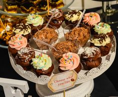 Muffins Catering, Cereal, Muffins, Deserts, Candy, Bar, Breakfast, Food, Sweet