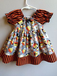 Size 6 to 12m.......Candy Corn Dress......Made by LevonaDanielle, $30.00