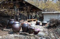 old house, Korea Korean Traditional, Traditional House, Fermentation Crock, Korean Peninsula, Permaculture Design, Buddhist Temple, Fishing Villages, 14th Century, South Korea