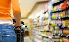 Como economizar dinheiro no supermercado e comprando produtos de qualidade Ways To Save Money, Money Saving Tips, Money Savers, Saving Ideas, Money Tips, Ufc, Coaching, Toxic Foods, Brave New World