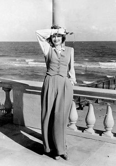 lucille–ball:  Lucille Ball photographed during a vacation at the Roney Plaza Cabana Club, 1941.