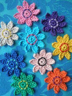 HaakZaken: Patroon bloemen (slingertje) haken