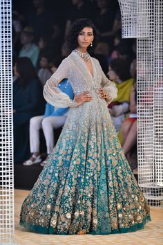 Tarun Tahiliani at India Couture Week 2018 - Tarun Tahiliani showcased his bridal cocktail lehengas, anarkalis and concept sarees at India Couture Week Indian Gowns, Indian Attire, Indian Outfits, Indian Wedding Gowns, Lehenga Wedding, Latest Bridal Lehenga Designs, Designer Bridal Lehenga, Saris, Anarkali