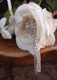 Dangling Crystal Bouquet Pin