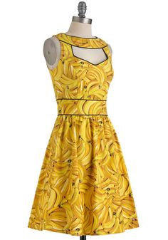 Where has this been all my life!? I adore this! Boldest of the Bunch Dress, #ModCloth