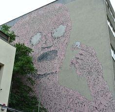 Street Art à Berlin - Artiste : BLU