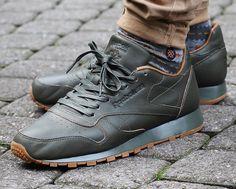 Reebok x Kendrick Lamar Men Classic Leather Lux olive/olive night gum Kendrick Lamar Reebok, Best Sneakers, High Top Sneakers, Gents Shoes, Bicycle Girl, Classic Leather, Casual Shoes, Baskets, Kicks