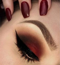 Make mattes happen for 2017 @tarynmodisette is adding some sultry warmth with the 35OM palette. 😍 www.morphebrushes.com #TeamMorphe