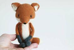 "Gefällt 453 Mal, 14 Kommentare - L u i L u h ♡ amigurumi (@luiluh.handmade) auf Instagram: ""#LuiFox ... The pattern is now available in my etsy shop ❤ . . . #amigurumis #amigurumi #crochet…"""