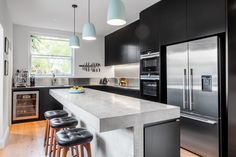 Kitchen benches are mostly used for sitting purposes, it can be placed anywhere in the kitche. Kitchen Island Bench, Kitchen Benches, Concrete Kitchen, Stainless Steel Kitchen, Bench Decor, Living Styles, Centre Pieces, Cool Kitchens, Kitchen Design