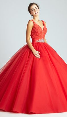 Attractive Tulle V-neck Neckline Ball Gown Quinceanera Dresses With Lace Appliques