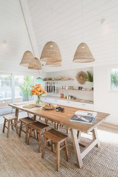 Dining Room Design, Dining Area, Kitchen Dining, Light Wood Dining Table, Beach Dining Room, Hotel Kitchen, Dining Rooms, Boutique Hotel Bedroom, Boutique Hotels