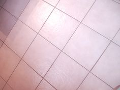 Grout Painting tutorial...The Yellow Cape Cod: 31 Days of Character Building: Easy Tile Update {Tutorial}