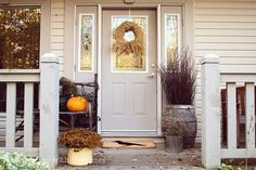 Halloween decorations : IDEAS & INSPIRATIONS Fall Front Porch Decorating Ideas
